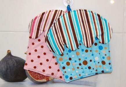 прихватки из ткани в виде кексов