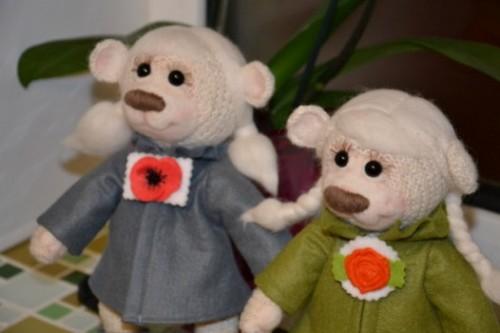 Как сделать одежду для игрушек фото 459